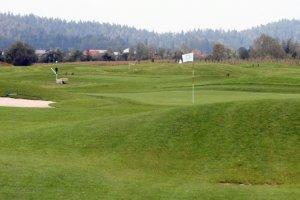 Mladinski golf center Stanežiče